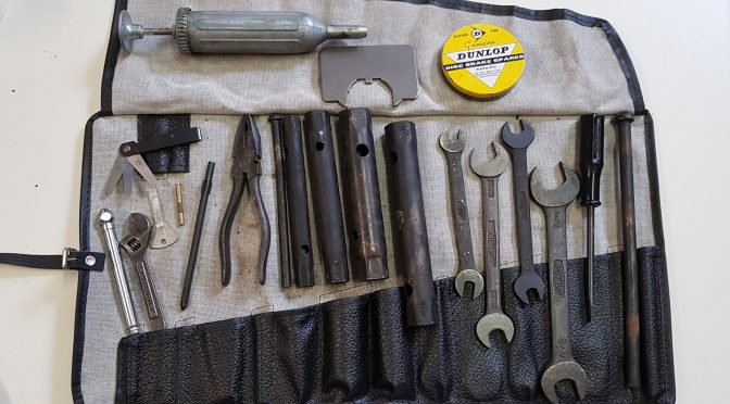 Jaguar E Type XKE  63 onwards full complete tool kit for sale 2.199 GBP