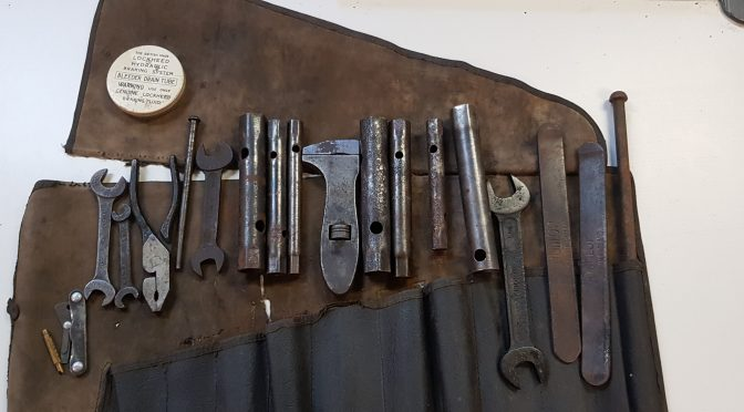 original XK 120 tool kit for sale – extremely rare – 2.000 GBP
