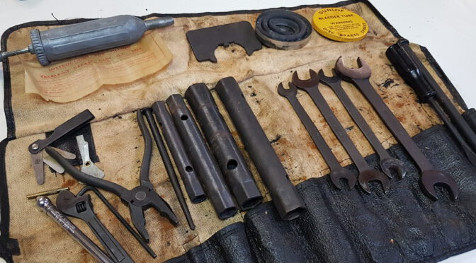 Jaguar e Type 61 tool kit for sale